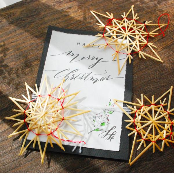 レタグラフィーのクリスマスカードとストロースター